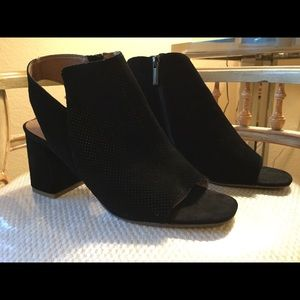 Black suede leather open toe boot shoe